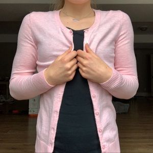 Gap light pink button up cardigan